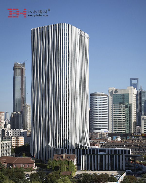 上海虹口SOHO - 条形外墙铝单板的表皮
