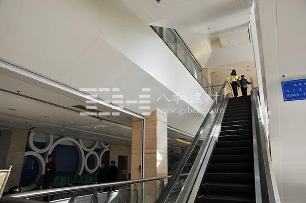 绵阳中心医院 - 造型铝单板所拼成的环4