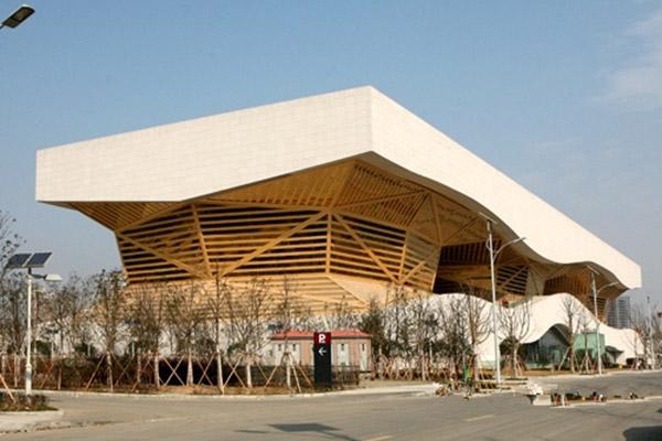 无锡博物馆仿木纹条形铝板工程装修定制