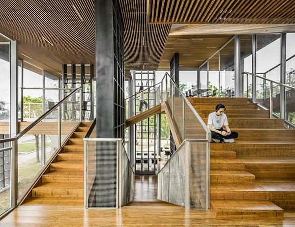 Wood Grain Square Tube Aluminum Ceiling Decorative Shanghai Gelou Bookstore