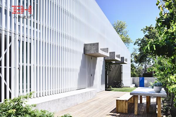White Aluminum Grille Decoration Moving House