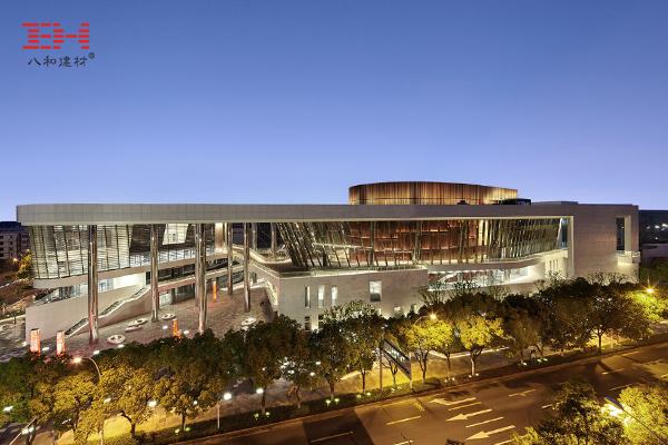 Kunshan Grand Theatre - Ivory White Aluminum Veneer, O-Shaped Aluminum Round Tube