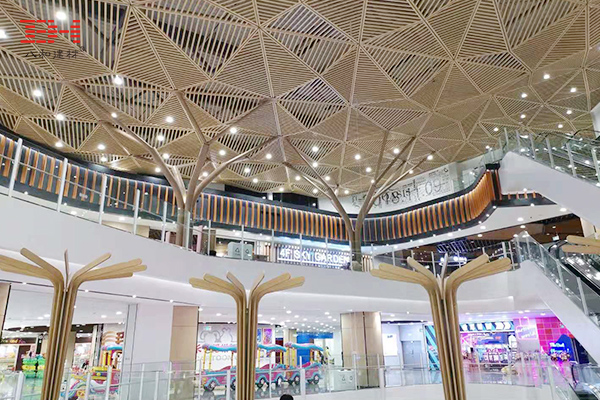 Wood Grain Aluminum Rectangular Tube Decorates AEON MALL Interior