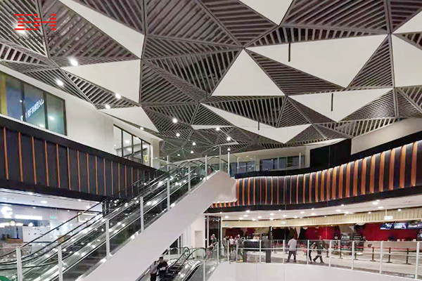 Shopping Mall Escalator Aluminum Veneer Decoration AEON MALL
