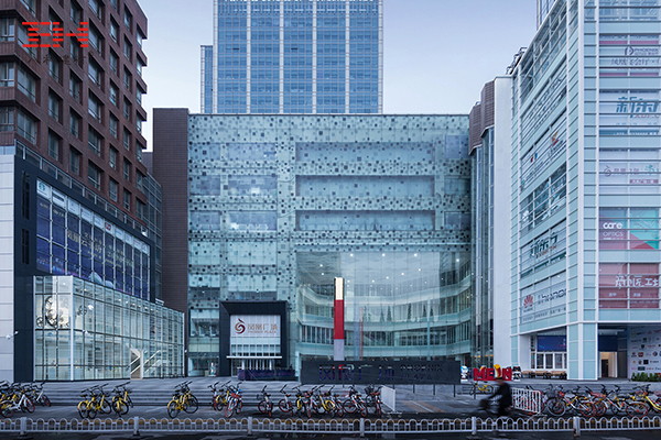 Punched Aluminum Veneer Used For Appearance Reconstruction Of Nanjing Phoenix Plaza
