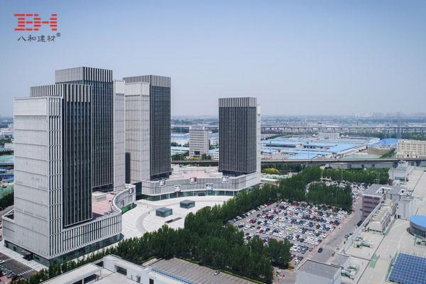 外墙铝单板打造天津新城市中心巨型百叶效果003.jpg
