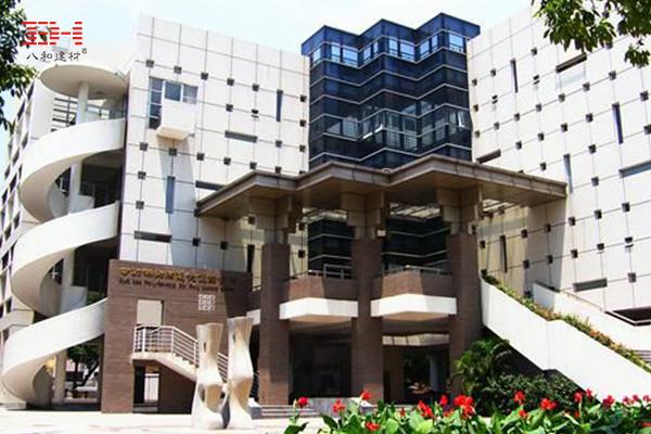 八和工程案例:方形铝格栅吊顶装饰广州培英中学教室天花