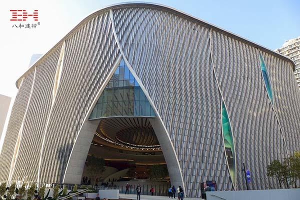案例欣赏:艺术铝单板装饰下的香港戏曲中心