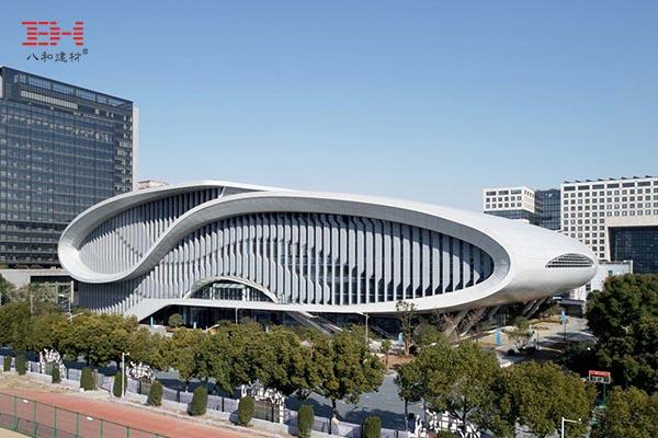 案例欣赏:弧形铝单板装饰杭州黄龙体育中心游泳跳水馆