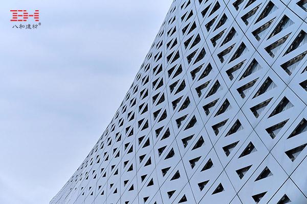 案例欣赏:铝单板、铝方通装饰的宁波奥林匹克体育中心