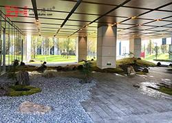 雅培上海总部大楼仿木纹铝单板装饰完工
