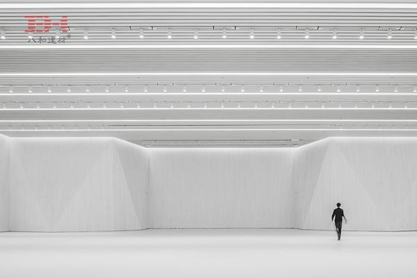 中央美院建筑学院铝格栅吊顶改造