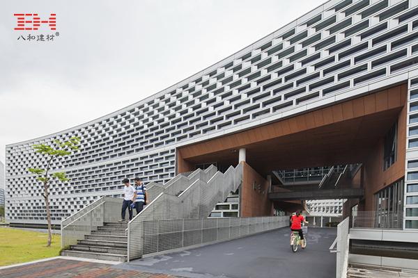 案例欣赏:南方科技大学图书馆建筑的外观与材质