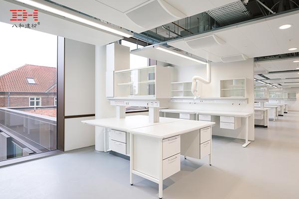 案例欣赏:铝天花吊顶、护栏铝单板装饰实验大楼室内空间