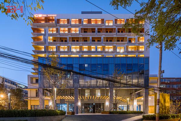 案例欣赏:铝窗花以及铝单板装饰公寓外墙